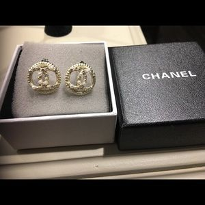 Chanel vintage earrings with box
